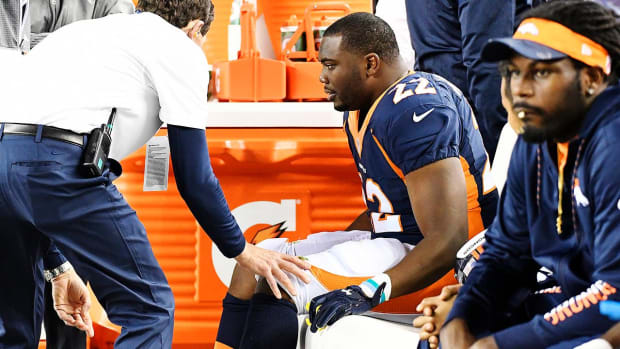 C.J. Anderson to have surgery on torn meniscus - IMAGE