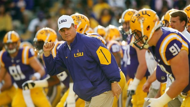 Extended for another season at LSU, can the Les Miles Variety Hour avoid cancellation in 2016?