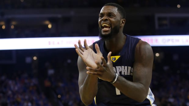 lance-stephenson-contract-pelicans.jpg