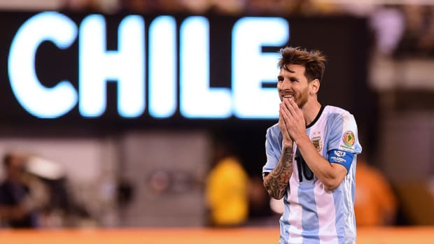 copa-argentina-chile-messi-penalty-shot-watch.jpg