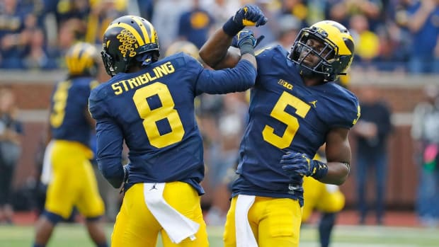 Michigan holds on against Big Ten rival Wisconsin--IMAGE