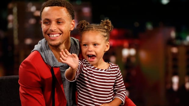 Riley Curry mean mugs press during father's MVP speech -- IMAGE