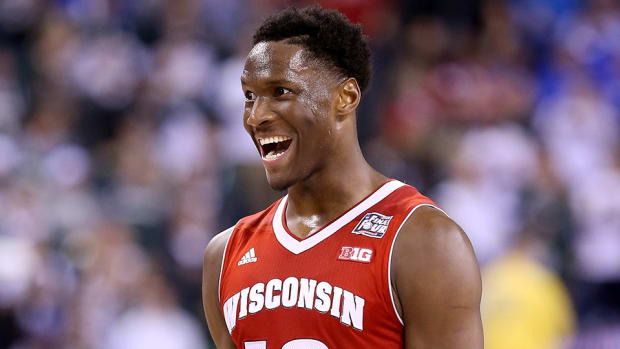 wisconsin-nigel-hayes-stone-cold-steve-austin-impression-video.jpg