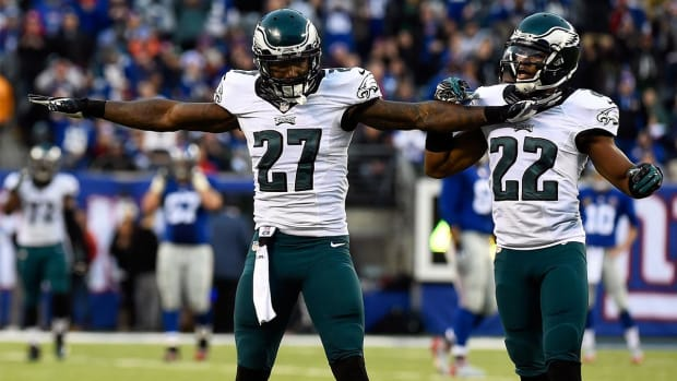 Malcolm Jenkins signs extension with Eagles--IMAGE