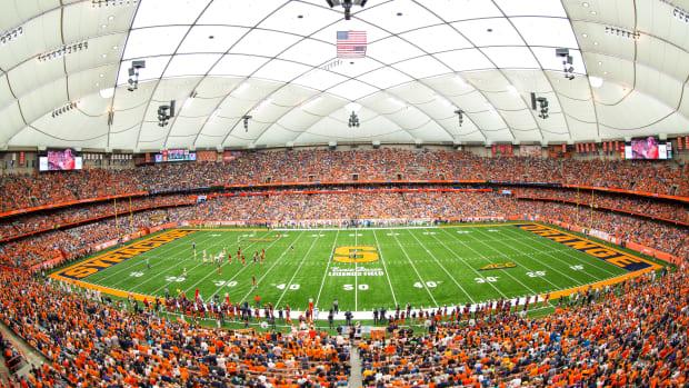 Duke Vs Syracuse Breaks Ncaa Attendance Record Sports