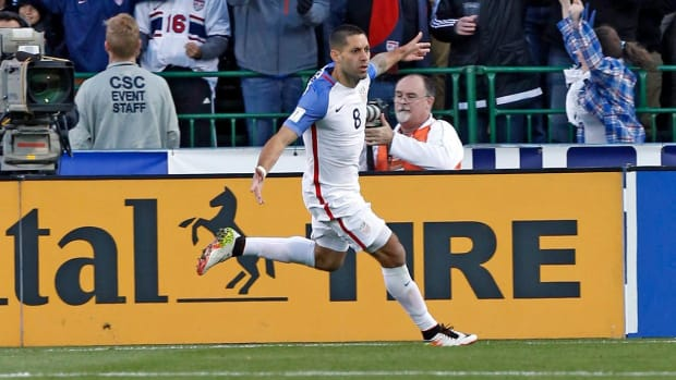 United States' routs Guatemala in World Cup qualifier --IMAGE