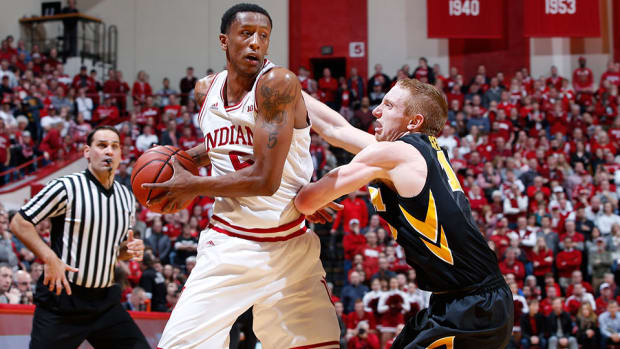 indiana-upsets-iowa-troy-williams.jpg