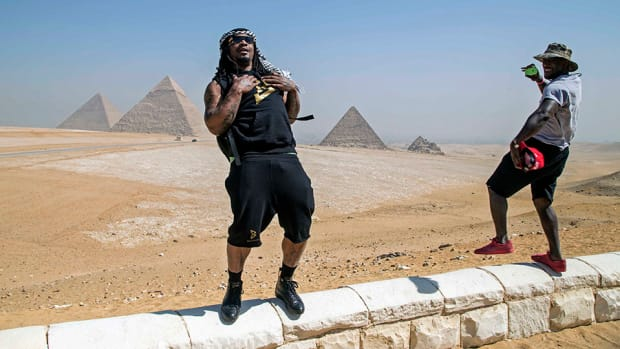 marshawn-lynch-retirement-camel-ride-egypt-video.jpg