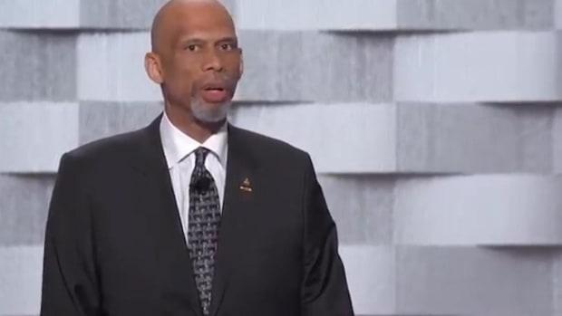 Kareem Abdul-Jabbar speaks at DNC, criticizes Donald Trump IMAGE