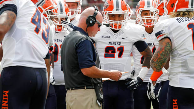 scott-stoker-ulm-football-coaching-staff-hired-utep.jpg