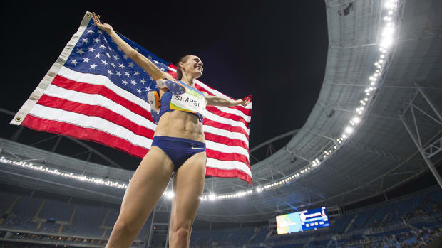 jenny-simpson-bronze-medal-rio-olympics-sparse-crowd.jpg
