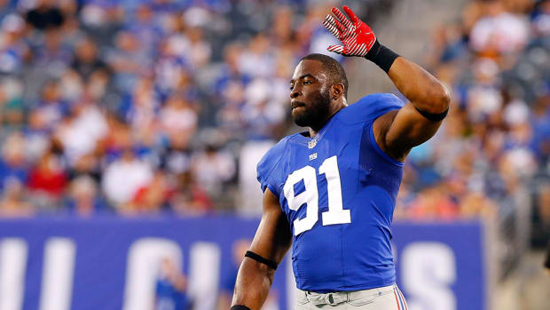 justin-tuck-retirement-giants-raiders-one-day-contract.jpg