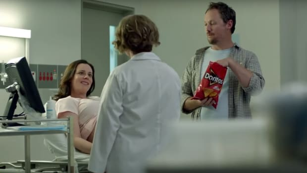 doritos-super-bowl-commercial-baby-ultrasound.png