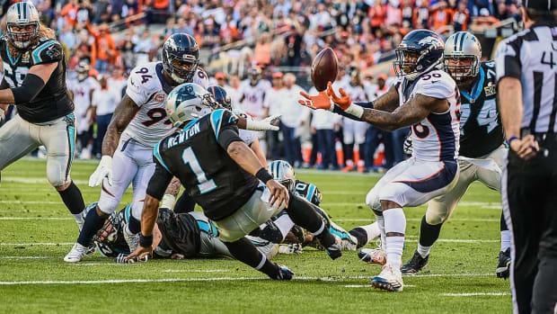 01-Super-Bowl-50-Von-Miller-Cam-Newton-SI-123_TK1_00829.jpg