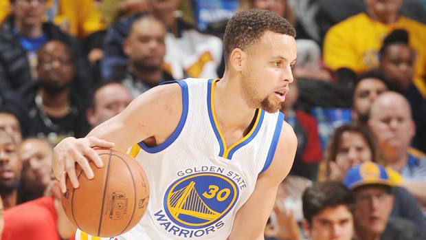 golden-state-warriors-indiana-pacers-stephen-curry-half-court-shots-video.jpg