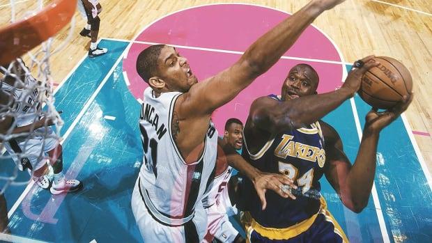 1999-0519-Tim-Duncan-Shaquille-O-Neal-05819715.jpg
