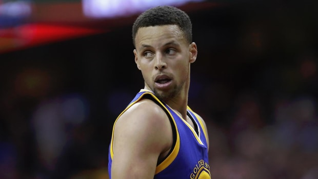 Steph Curry's new Under Armour sneakers get roasted on social media -- IMAGE