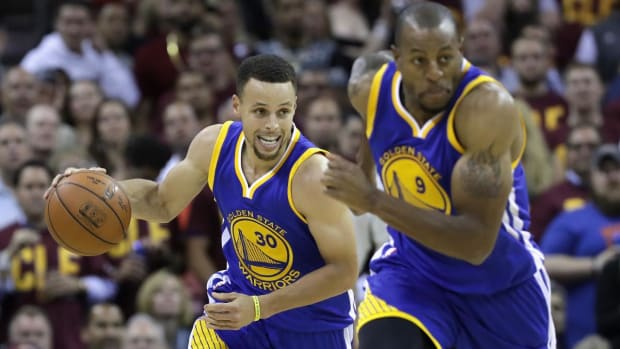 Warriors take commanding 3-1 series lead over Cavaliers with 108-97 victory in Game 4 --IMAGE