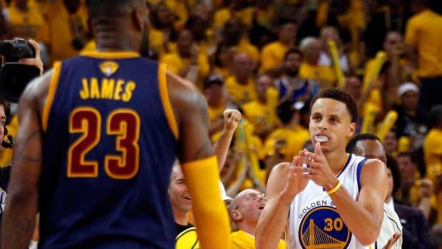 LeBron-James-Steph-Curry-19.jpg
