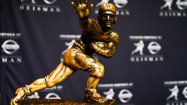 2016 Heisman Trophy finalists announced - IMAGE