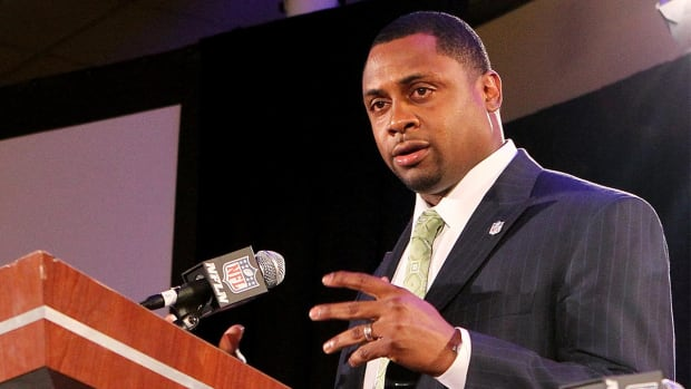 NFL banning prospects convicted of felonies, misdemeanors - IMAGE