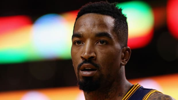 Cavaliers' J.R. Smith sued for $2.5 million over nightclub incident IMAGE