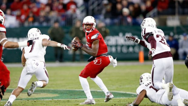 Is Lamar Jackson ready to make the leap? With a year of experience, Louisville's QB poised to lead a contender