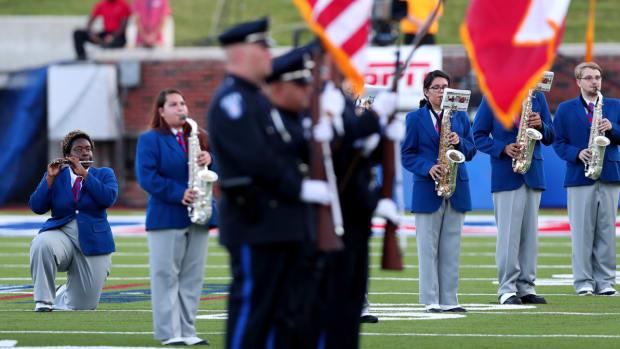smu-band-protest-national-anthem.jpg