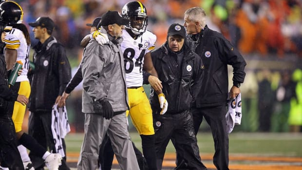 Report: Steelers' Antonio Brown (concussion) likely out vs. Broncos--IMAGE