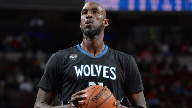 Report: Timberwolves working on buyout with Kevin Garnett - IMAGE