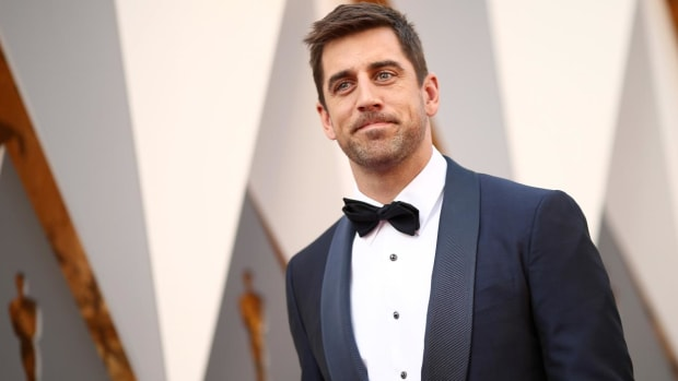 Aaron Rodgers: NFL players fear repercussions for speaking out - IMAGE