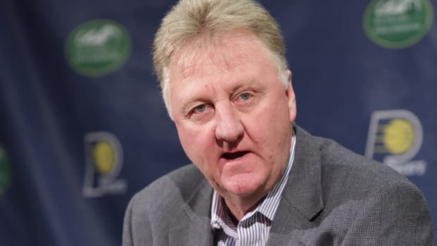 Larry Bird 'couldn't imagine' joining Magic Johnson in free agency -- IMAGE