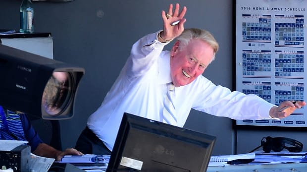 vin-scully-how-getty2.jpg