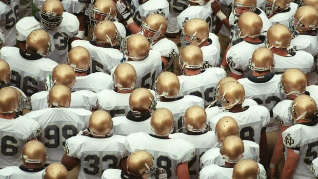 #DearAndy: Will Notre Dame ever join a conference in football? --IMAGE