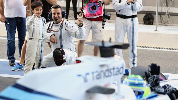 williams-martini-racing-fastest-pit-crew-formula-1.jpg