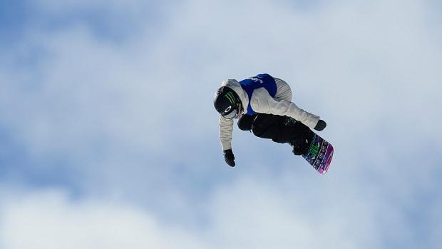 jamie-anderson-snowboarding-960.jpg