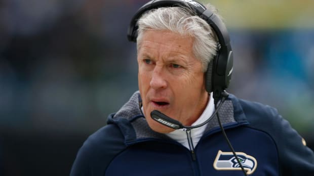 Pete Carroll signs contract extension with Seahawks - IMAGE