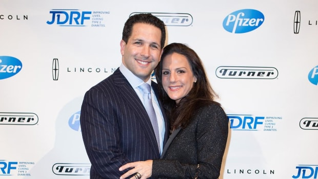Telling the story of Adam Schefter's family - IMAGE