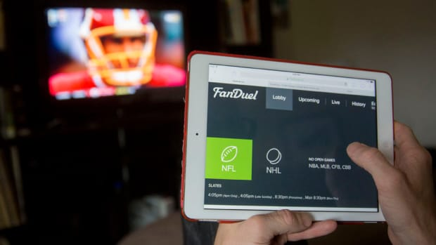 fanduel-draftkings-lawsuit-new-york.jpg