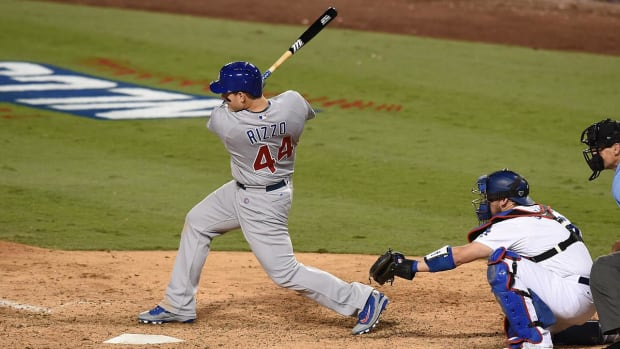 Cubs offense wakes up against Dodgers in Game 4 -- IMAGE