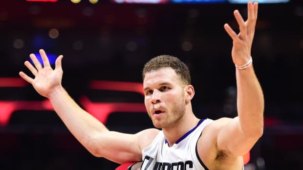 Report: Blake Griffin to have minor knee surgery, out at least 3–6 weeks - IMAGE