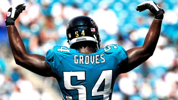 mmqb-quention-groves-jaguars-back-724.jpg