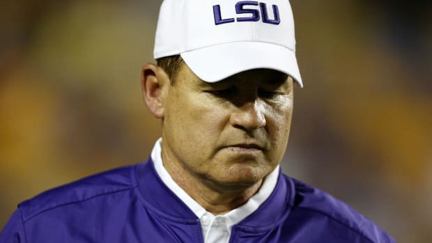 Report: LSU fires head coach Les Miles after 12 seasons - IMAGE