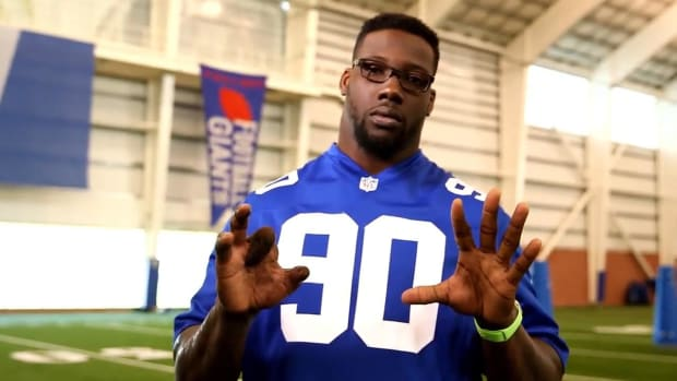 Jason Pierre-Paul releases PSA on 'firework safety' - IMAGE