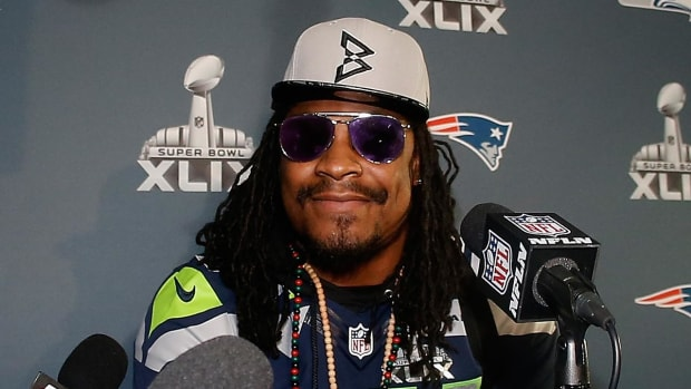 Marshawn Lynch speaks about Colin Kaepernick, police brutality -- IMAGE