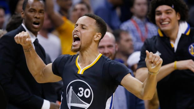 steph-curry-andre-iguodala-out-injury.jpg