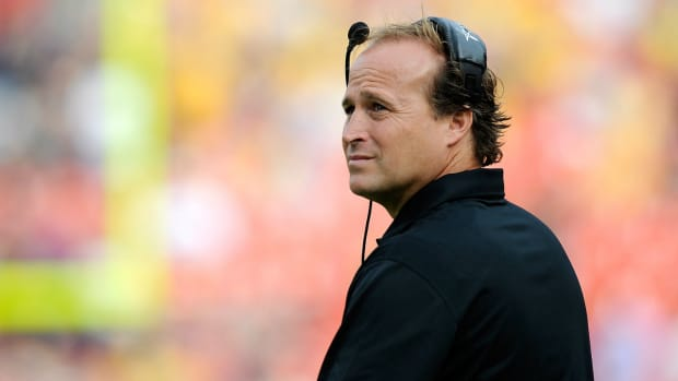West Virginia coach Dana Holgorsen discusses his 2016 recruiting class IMAGE