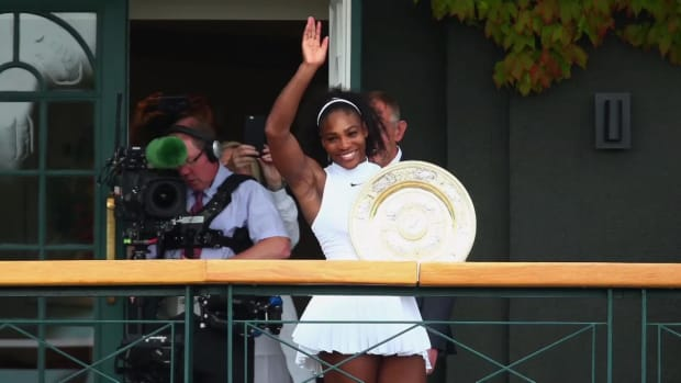 Serena Williams wins 7th Wimbledon, 22nd overall Grand Slam title --IMAGE