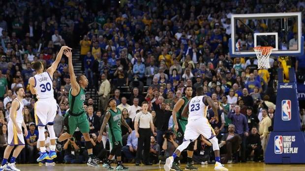Steph-Curry-misses-three-pointer.jpg