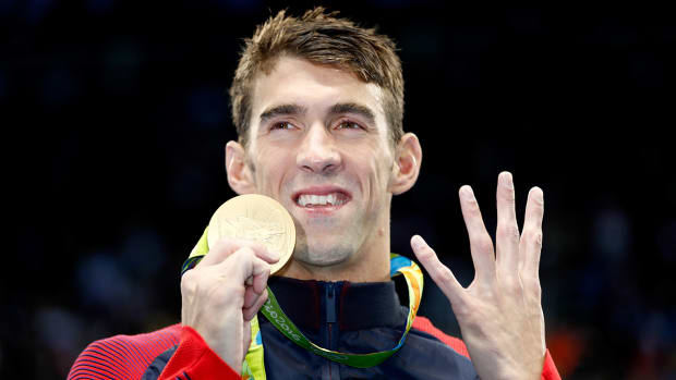 michael-phelps-gold-medal-medley-simone-manuel-ryan-lochte-rio-olympics.jpg